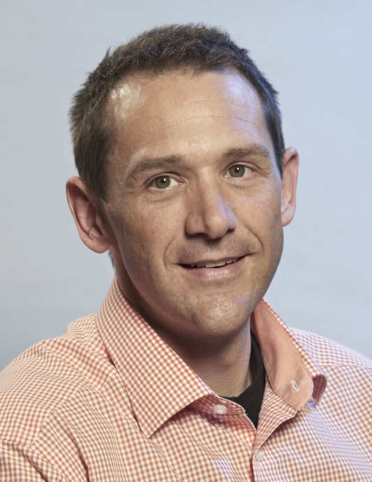 Joachim Henle ist Mitglied der Geschäftsführung und hat bei der Franz Ott Metallwarenfabrik seit 1999 viele Aufgaben kennengelernt.