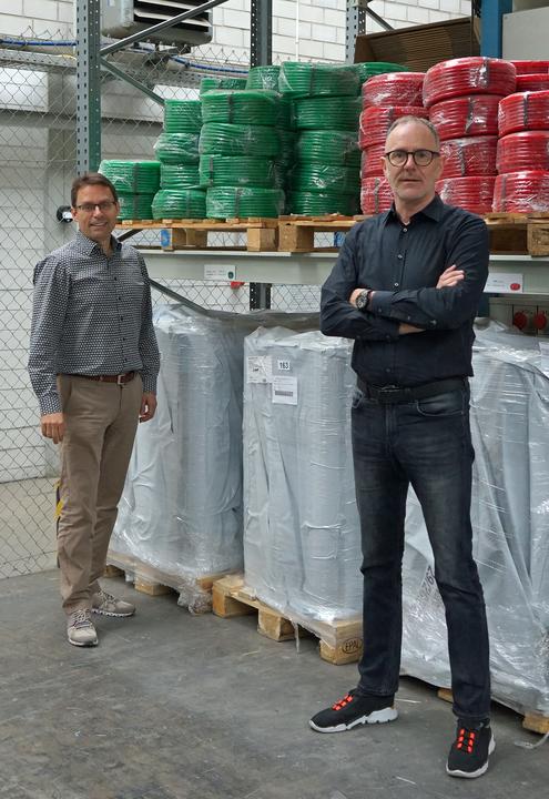 Mit Eckehart Heim (links) von der Heinrich Schmid Unternehmensgruppe hat Claus Steinbuch (rechts) ein Gegenüber gefunden, mit dem er gern und gut arbeitet.
