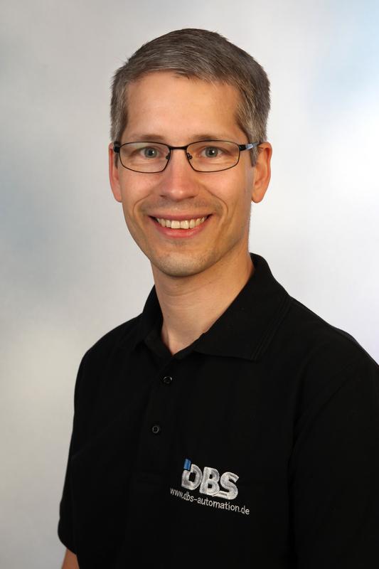 """prp Thorsten Kemmer ist Geschäftsführer der DBS GmbH Automatisierungstechnik. Bei der Übernahme des Unternehmens setzte Thorsten Kemmer auf die Unterstützung durch das RKW BW - und würdigt die konstruktive Zusammenarbeit und das """"Rundum-Sorglos-Paket"""": """"Bei Gernod Kraft stieß ich auf offene Ohren mit meinen Wünschen und Gedanken."""""""