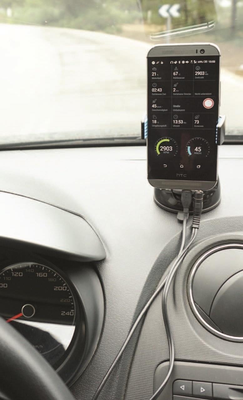 """PACE bietet seit 2016 ein System für Business- und Endkunden, das jedes Fahrzeug mit OBD-2-Schnittstelle zu einem """"Smart Car"""" macht"""