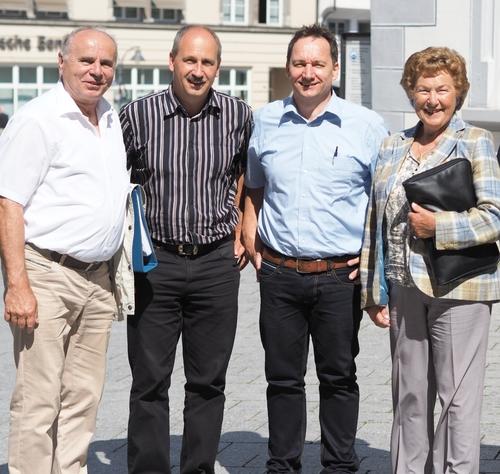 Am Tag der Übergabe auf den neuen Besitzer (von links nach rechts): Rainer Müller, Markus Beirer, Gerd Knoll, Maria Luise Schmidt