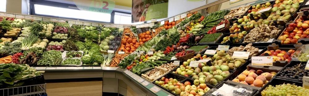 Obst und Gemüseabteilung b2 Biomarkt Balingen