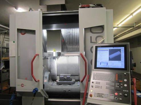 5-Achs-Fräsmaschine in der Produktion von RB Messwerkzeuge
