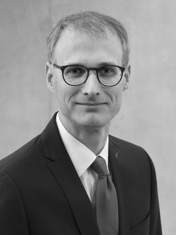 Dr. Mirko Häcker