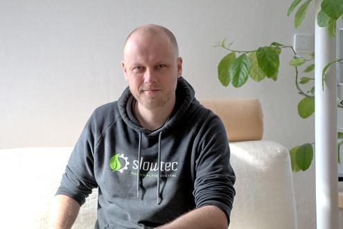 Markus Kohlhase ist der Gründer und Geschäftsführer von slowtec in Stuttgart. Der Ingenieur ist im Team der Spezialist für Software-Architektur und Automatisierungstechnik.